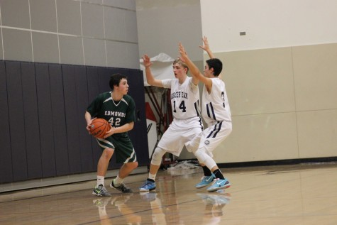 Freshman Grizzlies lose to Warriors