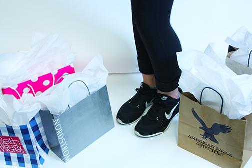 holiday-shoppingweb