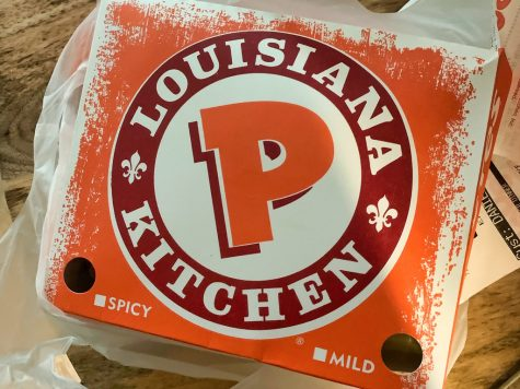 A box of Popeyes chicken. credit: dfmobile via flickr.com
