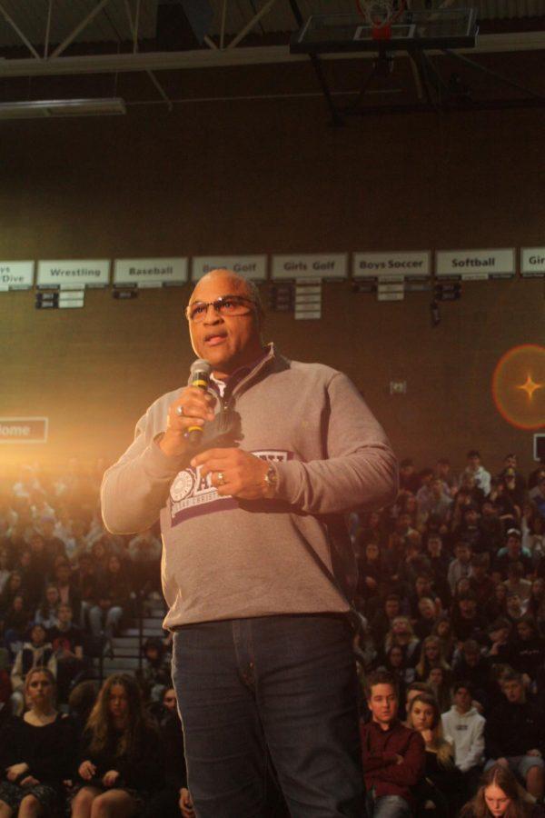 Lloyd+Higgins+Speaks+at+MLK+Assembly