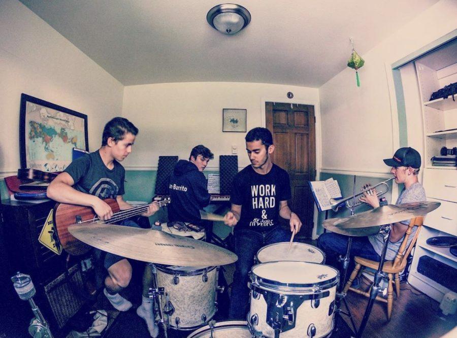 Jazz+Salad+practicing+together.